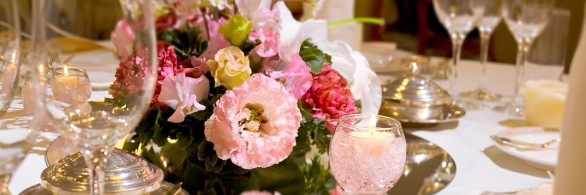 パーティ席上の花束