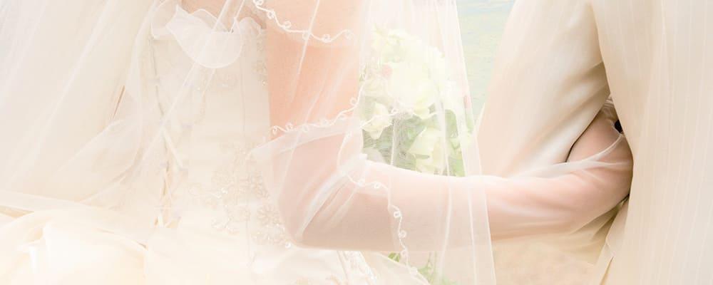結婚式で幸せを感じる新婦